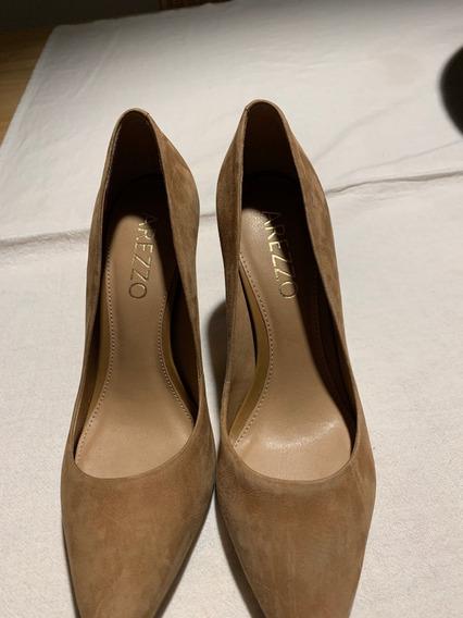 Zapatos De Mujer Stilettos Gamuza Nude N° 35-36 Arezzo