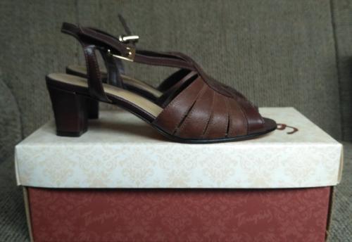 Sandalias Tanguis De Cuero Talla 37 Elegante Nuevas Con Caja
