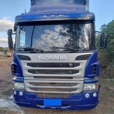 Scania P310 8x2 2017 Baú Seco