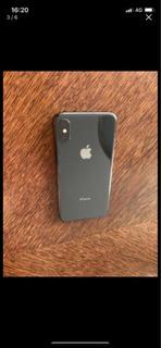iPhone Xs Preto