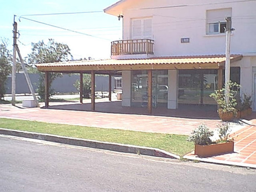 Local En Punta Del Este, Mansa- Ref: 7959