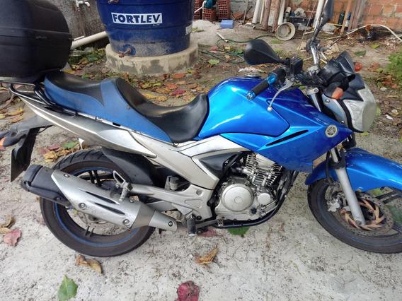 Vendo Ou Troco Yamaha Fazer 250 2013 Com Baú 45l Doc Ok 2019