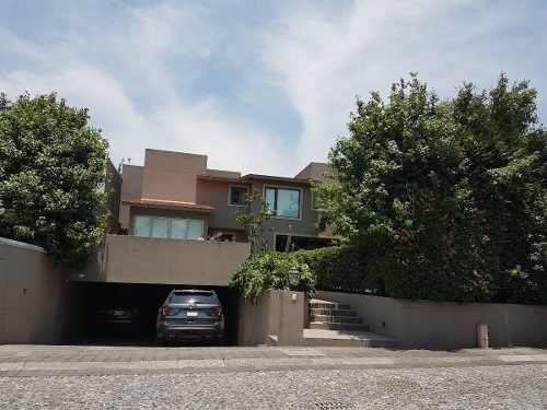 Casa En Condominio Recién Remodelada En Lomas De Vista Hermosa!!