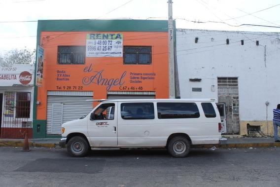 Local En El Centro De La Ciudad A Espaldas De La Casa Del Pueblo