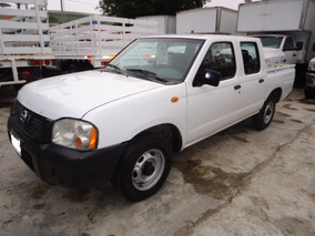 Nissan Np300 2.4 Doble Cabina 4x4 Mt