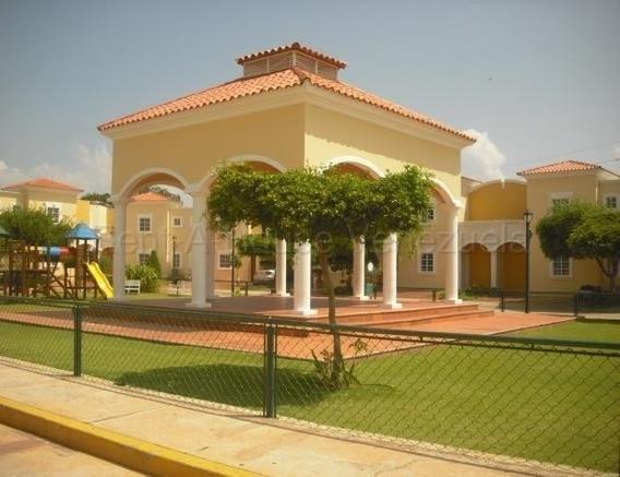 Townhouse Villa Vizcaya Elva Gonzalez