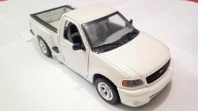 Carro De Coleccion Burago Camioneta Ford F150 Svt 1/21