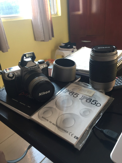 Máquina Fotográfica (analógica) Nikon 65
