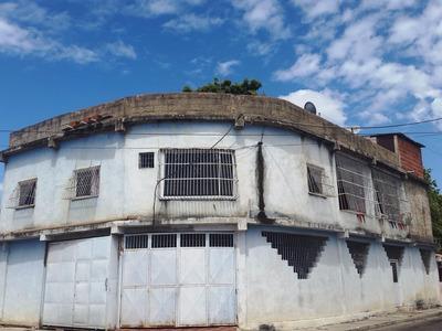 Ptm Casa En Venta Con Deposito, 402m2, Fundación Mendoza
