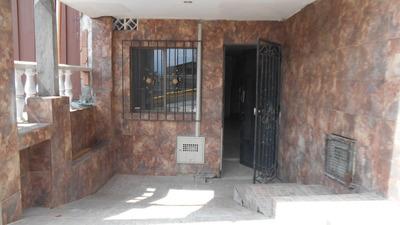 Apartaestudio En Arriendo Villahermosa Código 3185