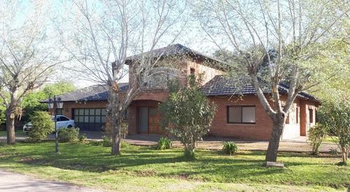 Casa En Haras Del Sur Funcional Con Pileta Y Gran Parque