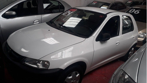 Chevrolet Celta Branco 2005 1.0 5p