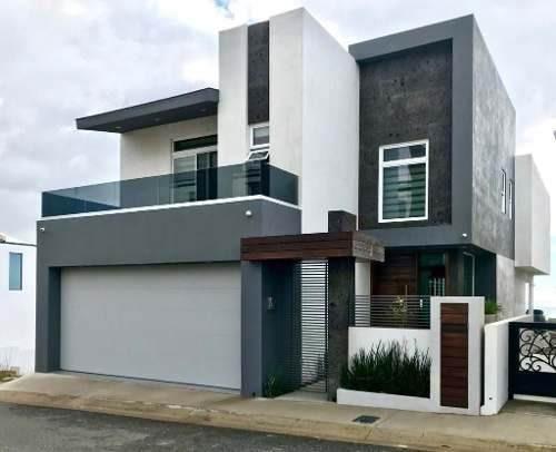 Reestrena Una De Las Casas Más Modernas Y Hermosas En Real Del Mar.