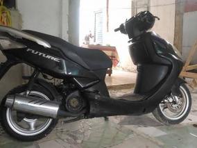 Suzuki Futury 2008 Preta
