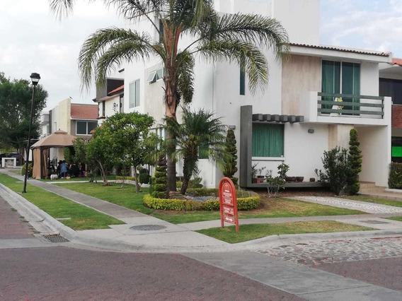 Renta Casa En Residencial San Antonio, Irapuato