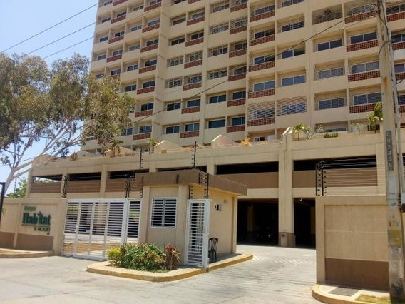 Apartamentos En Venta Av Milagro 20-3238 Andrea Rubio
