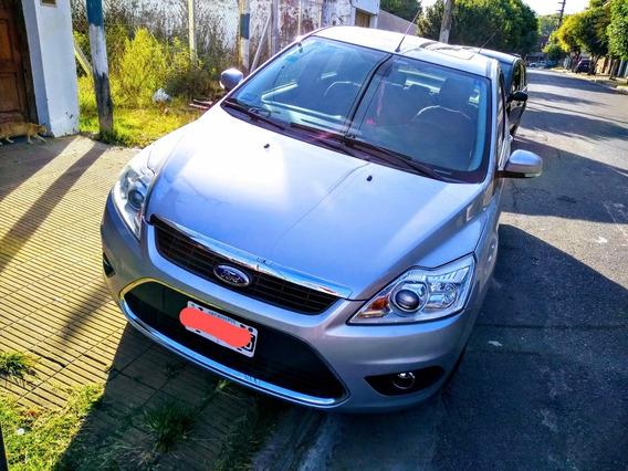 Ford Focus Ii 2.0 Exe Ghia 2013