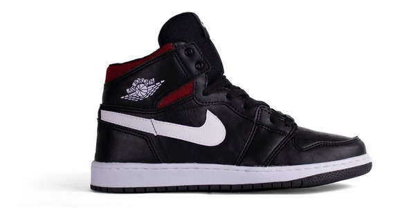 Tênis Masculino Basquete Nike Jordan 1 Retro High Chicago