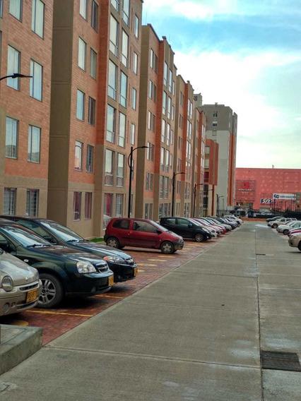 Venta Apartamento A Estrenar Al Respaldo C.c Ventura Terrero