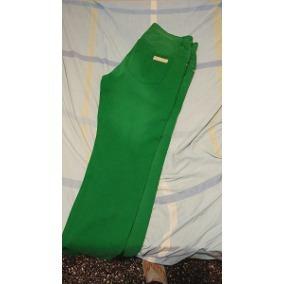 Vendo Jean Verde Estilo Desgastado Casi Nuevo, Intacto