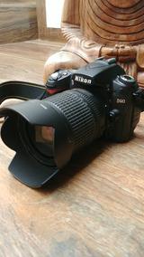 Nikon D90 + Lente 18-135mm + 2 Baterias