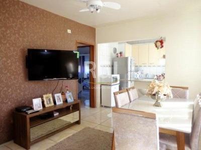 Apartamento Em São Sebastião Com 2 Dormitórios - Ot6313