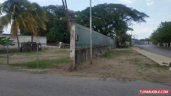 Terreno En Venta Av Aragua, Maracay 19-9254 Hcc