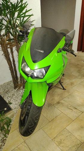 Imagem 1 de 2 de Kawasaki 250 R