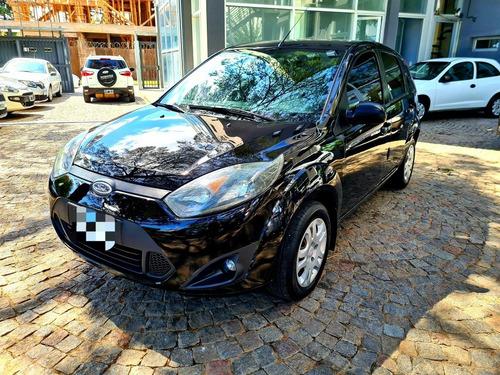 Ford Fiesta 1.6 Ambiente Plus Mp3 5pts 2013 82.000km Fcio