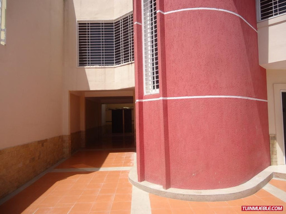 Townhouses En Venta 04126835217