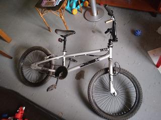 Bicicleta Bmx Caloi Gris 20 Con Rotor Freestyle