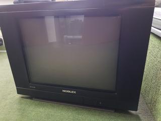 Televisor Noblex Slim - Pantalla Plana