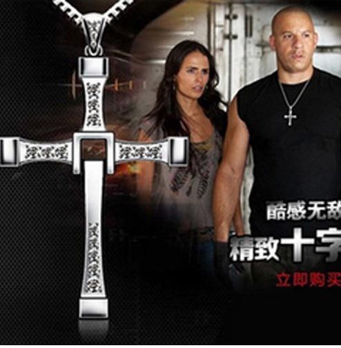 Colar Toretto Velozes E Furiosos Cordão Cruz Vin Diesel
