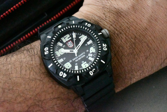 Relógio Luminox Sentry Carbon - Top