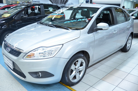 Ford Focus Hatch 2.0 Automático - 2009