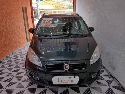 Imagem 1 de 12 de Fiat Idea 2013 1.4 Attractive Flex 5p
