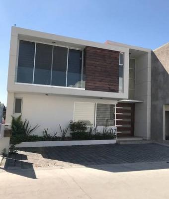 Casa En Milenio Blank Hous Coto Club