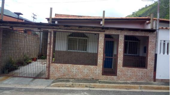 Casa En Venta Urbanizacion Cañaveral De La Victoria.