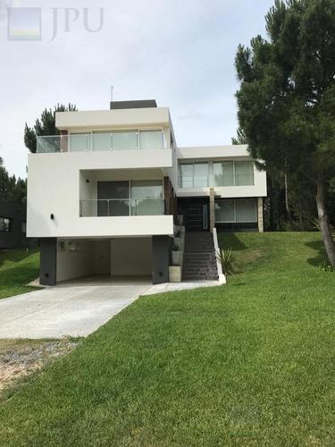 Imagen 1 de 24 de Casa - Costa Esmeralda