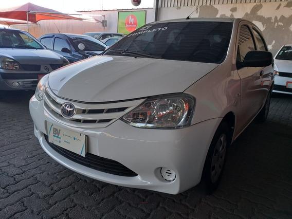 Toyota Etios 1.3 16v X 5p 2013