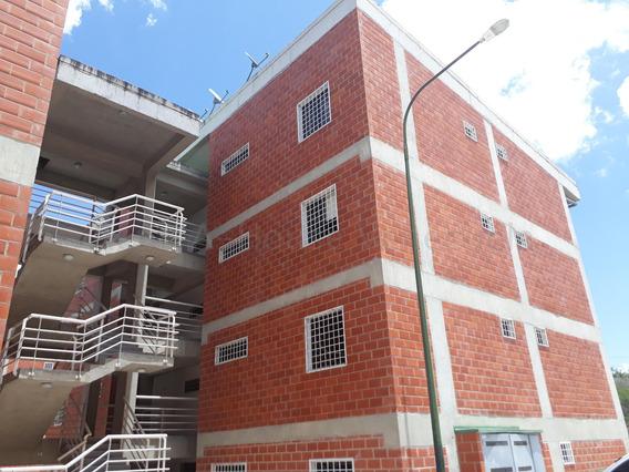 Apartamento En Venta Tzas. Del Ingenio Mls 20-7476 Cesar Augusto Quiaro