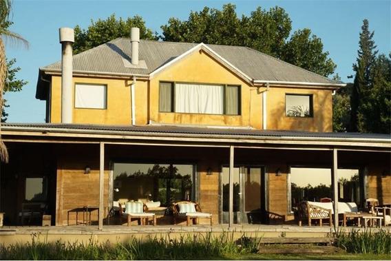 Venta Casa Quinta Con Tenis, Golf Y Pileta