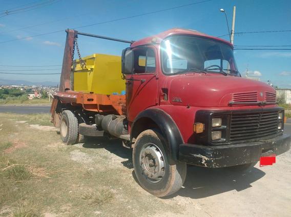 Caminhão Bruck 1513