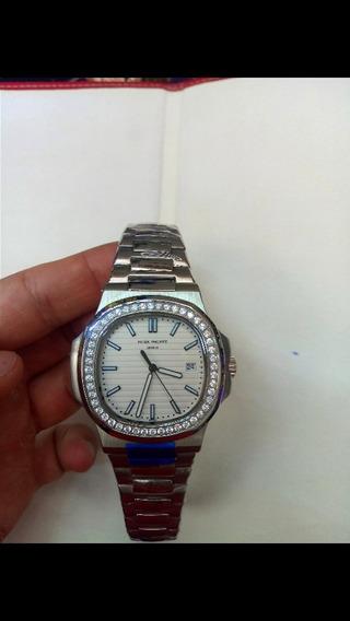 Reloj Nautilus Patek Philippe Con Diamantes Automático