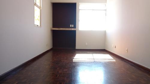 Apartamento De 3 Quartos No Bairro  Santa Efigênia - 2522