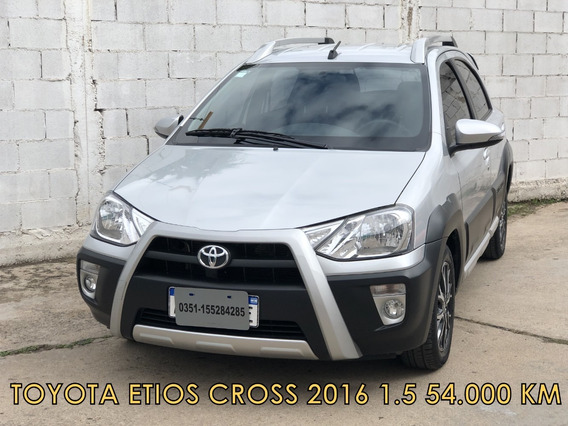 Toyota Etios Cross 1.5 2016 * Financio* Recibo Menor *