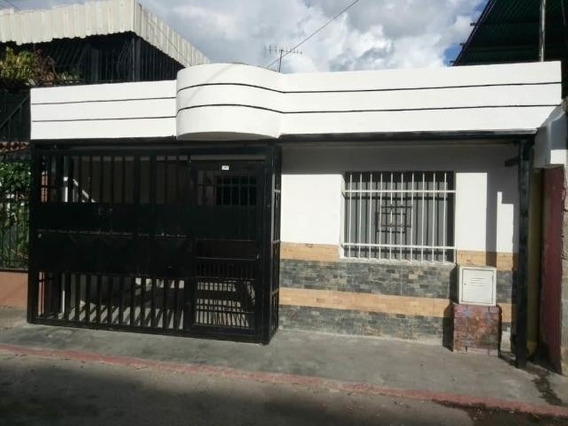 Casa Valencia En La Isabelica 20-5217 Raga