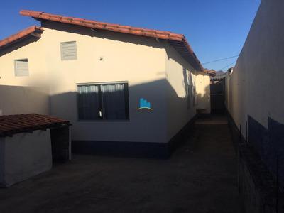 Casa De 3 Quartos Em Mario Campos - 4040