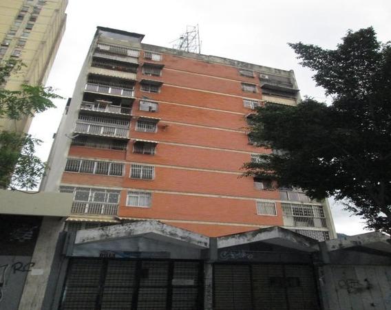 Apartamento En Venta , La Candelaria Caracas Mls #19-17760