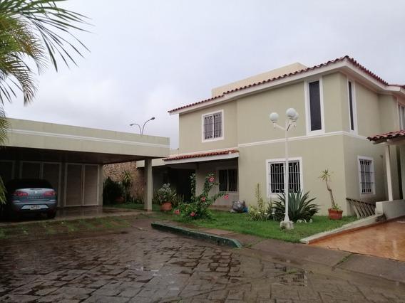 Grupo Inmowe Venta Casa Quinta Villa Granada, Puerto Ordaz